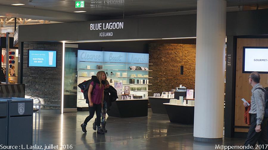 Photo 14. Magasin dans la zone duty free de l'aéroport international de Keflavik, Islande. © L. Laslaz, juillet 2016.